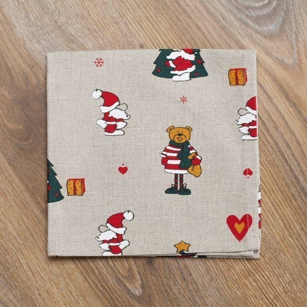 "Linane salvrätik Jõulumustriga ""Jõuluvana ja karu"""