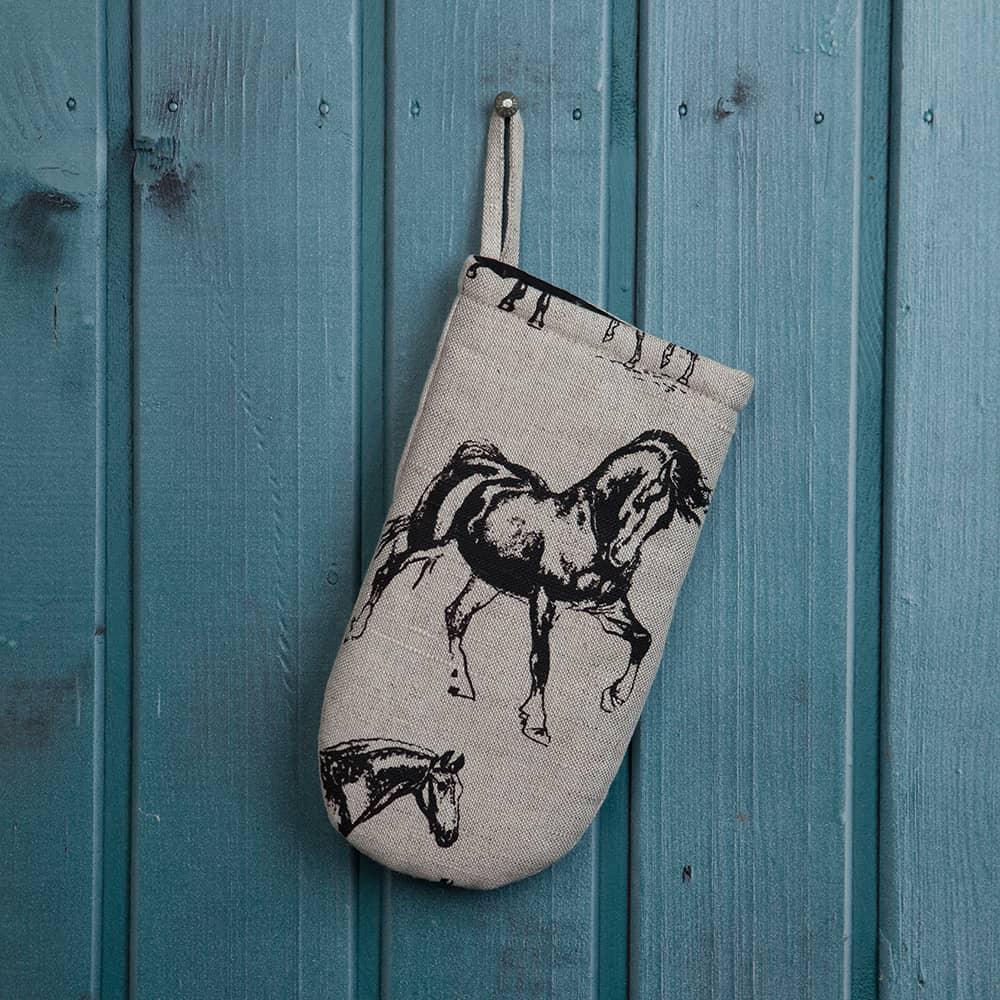 horses print oven mitt u2013 veta