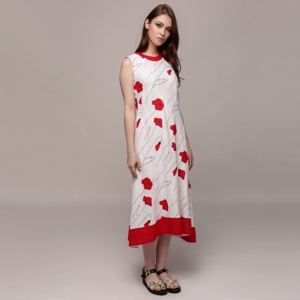 Long linen sleevless dress with poppies print.