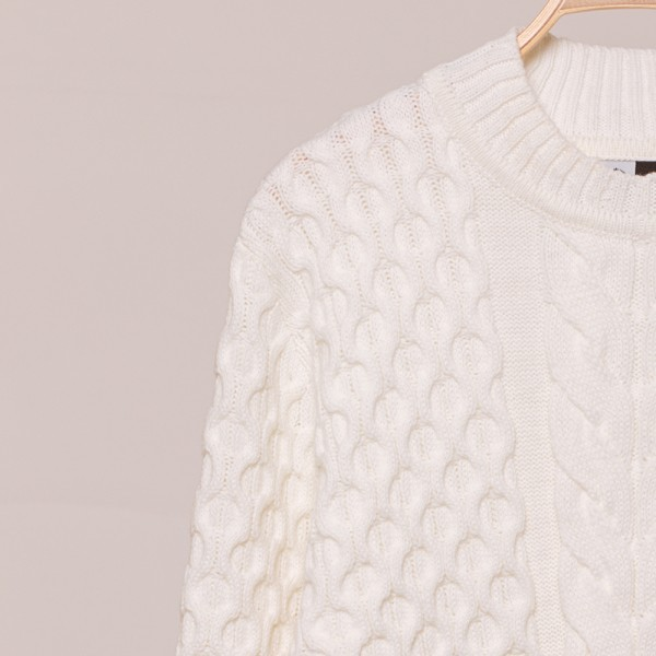 Vaselina meriinovillast kootud valge pullover