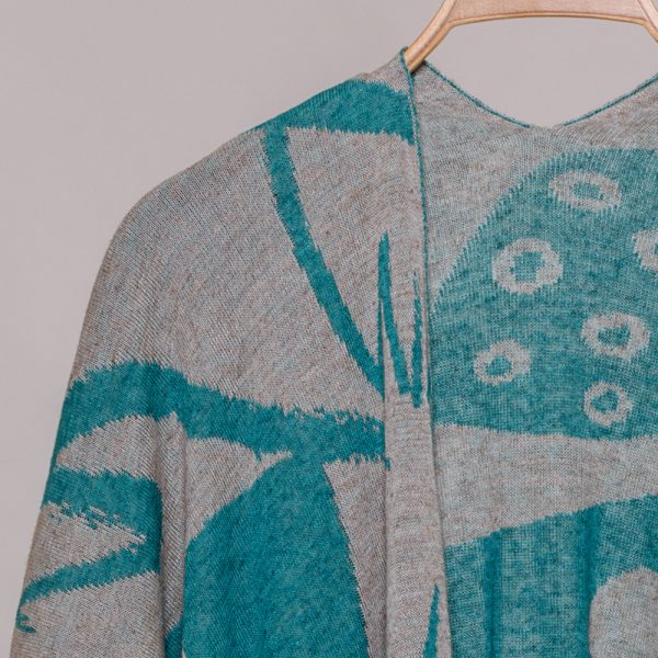 Skarlet linen with geometric pattern poncho turquoise-natural