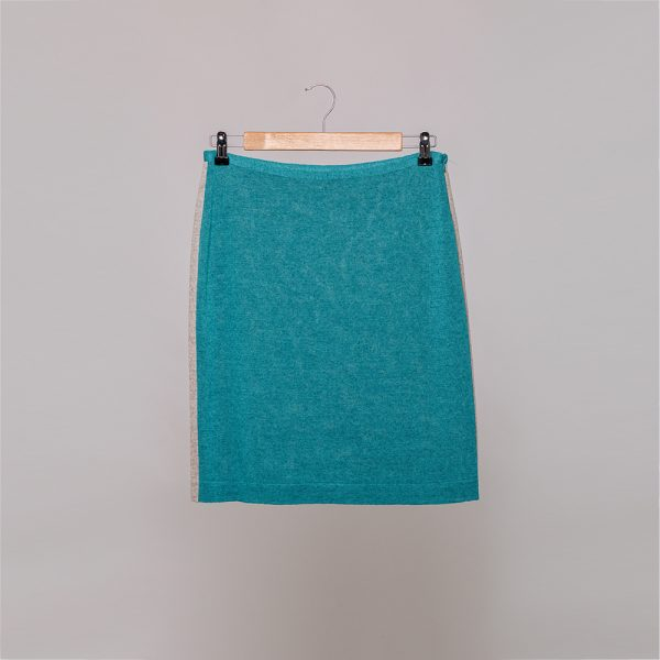 Jenna knit skirt with contrast side band tourquoise