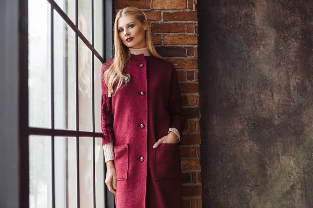 Adelina wool burgundy coat