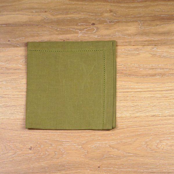 Pilutatud linane salvrätik heleroheline