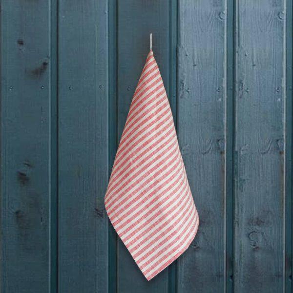 Льняное полотенце с принтом в красную полоску