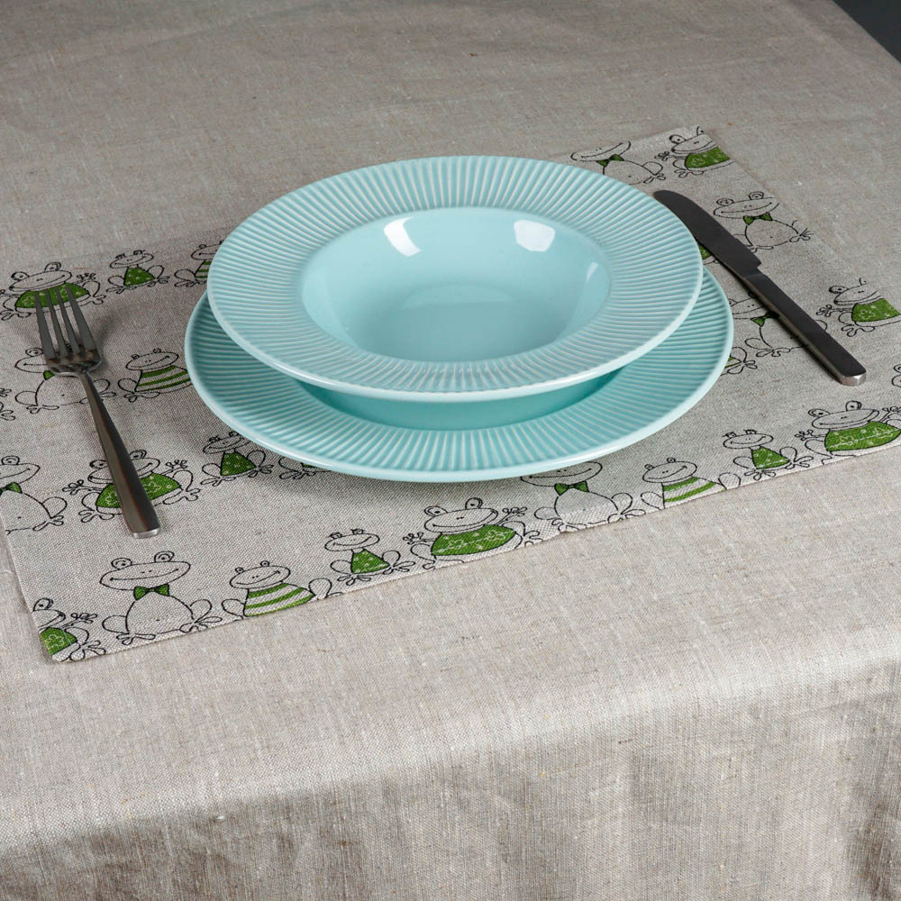 Frogs print linen placemat