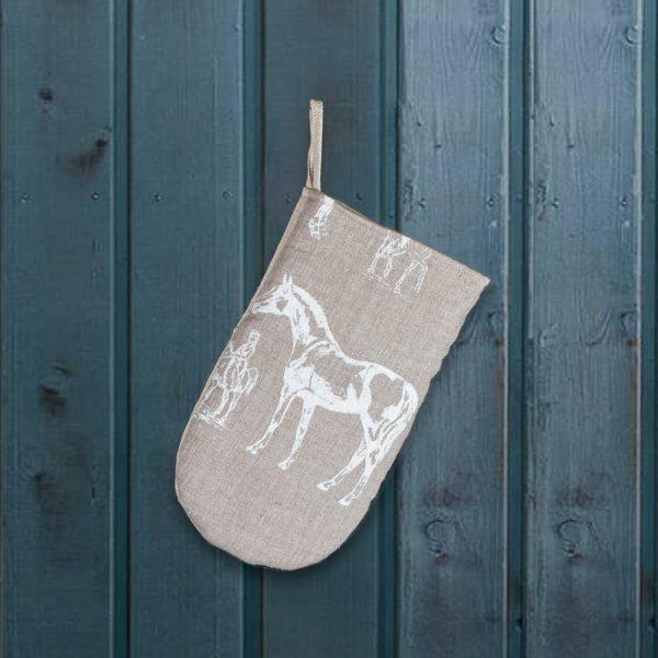 Horse print linen oven mitten