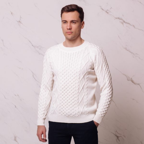 Mattis wool blend cable o-neck jumper white