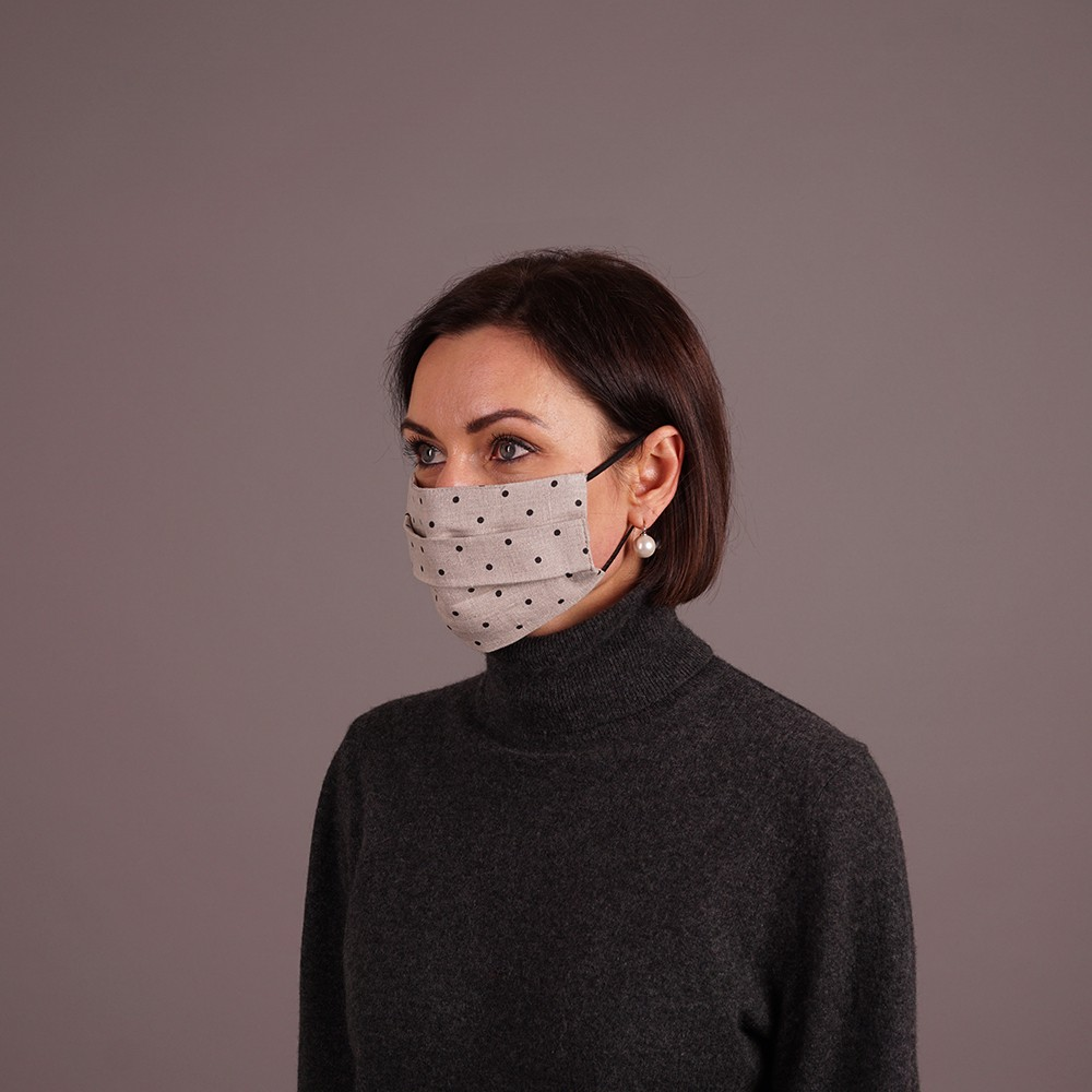 Grey linen reusable mask with black dots