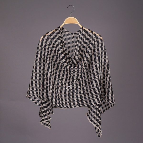 Nensi Square light Pure Linen Poncho black-natural