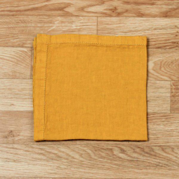 Pilutatud linane salvrätik kollane