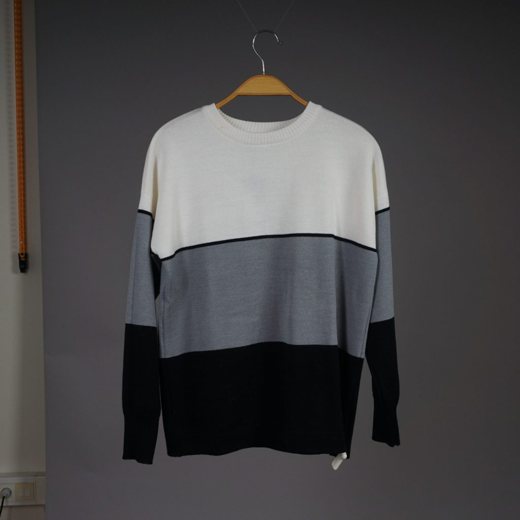 Ava wool dark gray-white pullover
