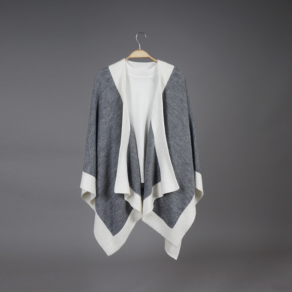 Zarina dark gray wool poncho