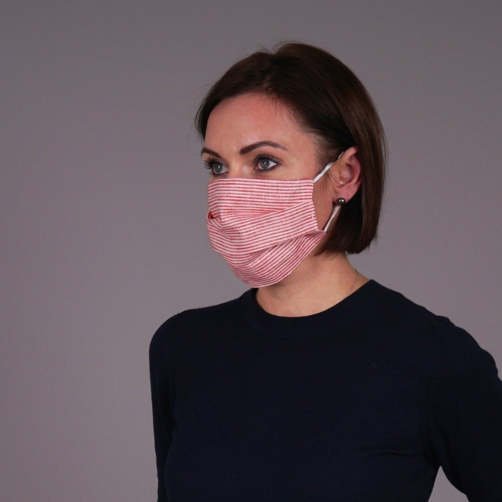 Linen reusable mask with red stripes