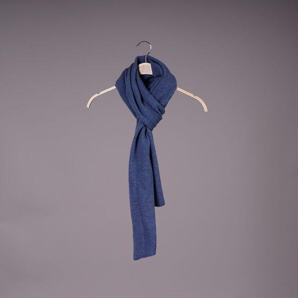 Stella large wool knit blue scarf