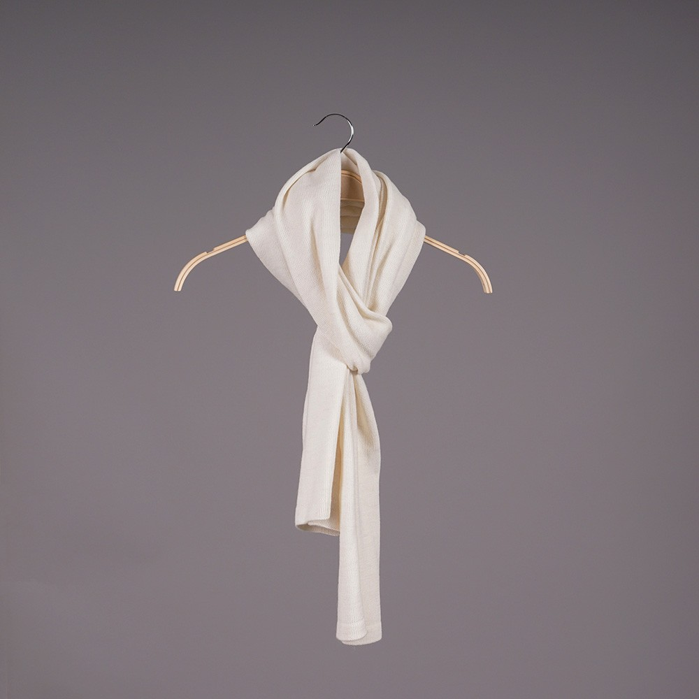 Stella large wool knit white scarf