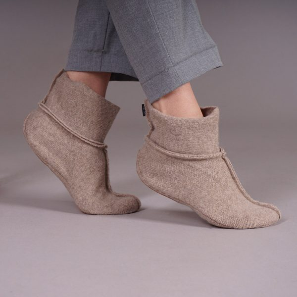 Adelina soft pure wool slippers beige