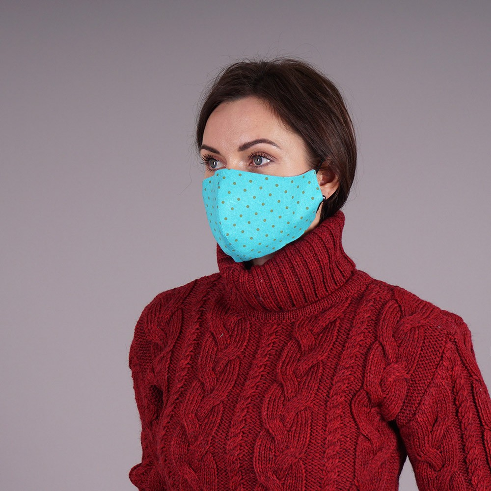 Pure linen reusable face mask turquoise with dots