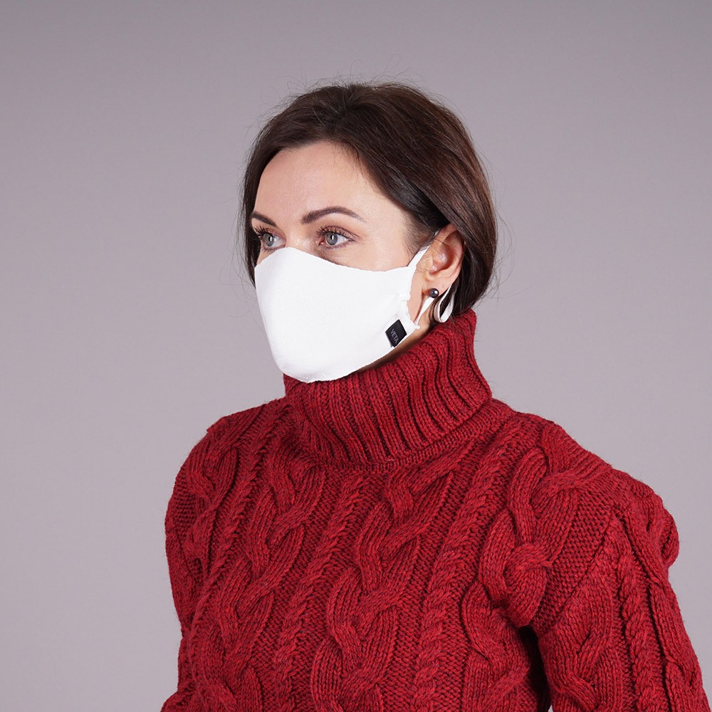 White knitted reusable mask